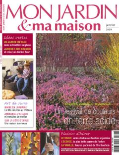 Mon Jardin & ma maison article pictures. Philippe and coconut palms.